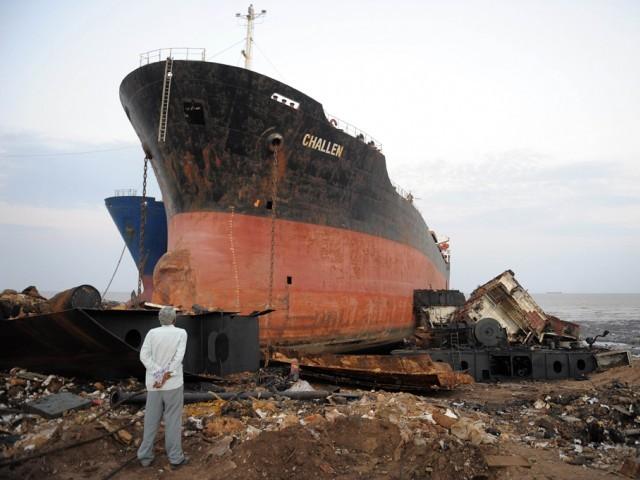 657017-ShipbreakingAFP-1389290783-574-640x480.jpg