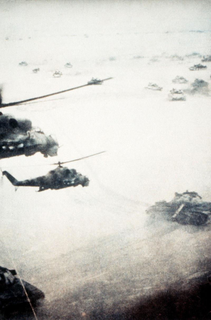 800px-SovietafghanwarTanksHelicopters.jpg