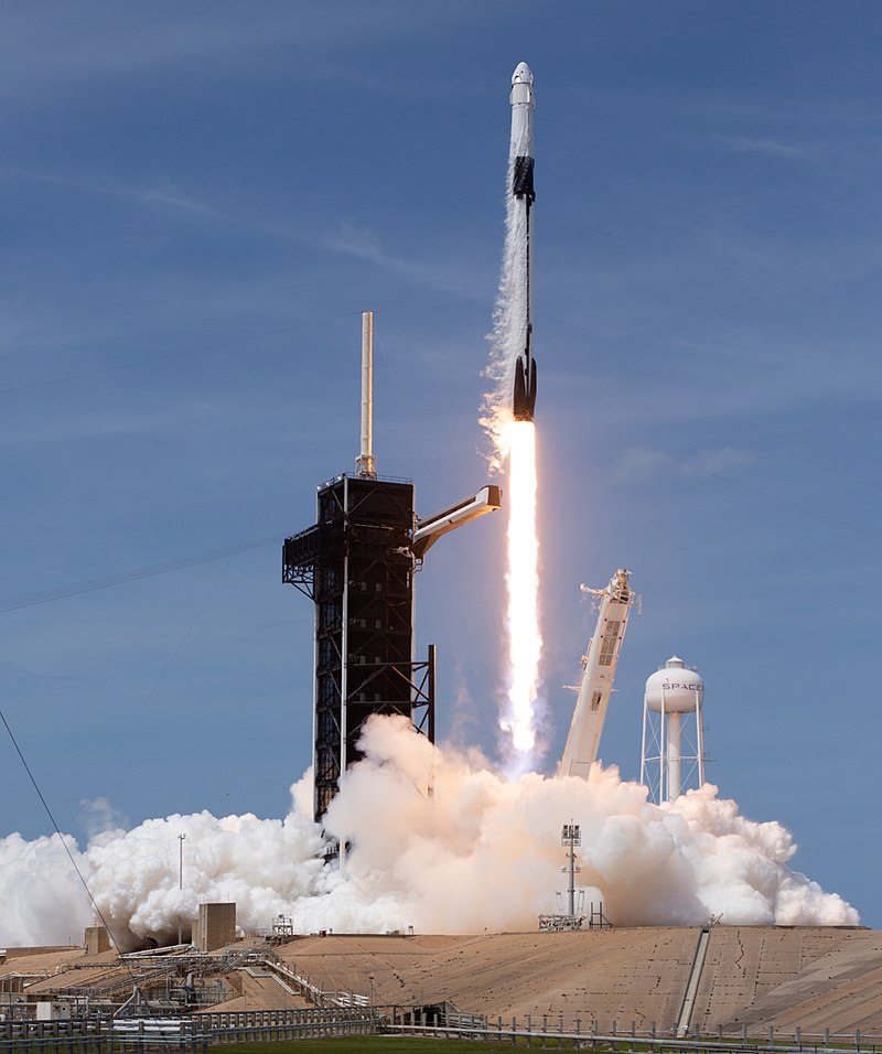800px-SpaceX_Demo-2_Launch_(NHQ202005300044)_(cropped).jpg