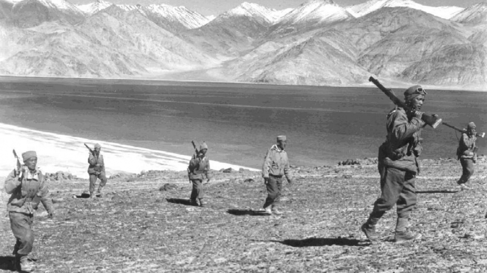 Indian_soldiers_on_patrol_during_the_1962_Sino-Indian_border_war.jpg