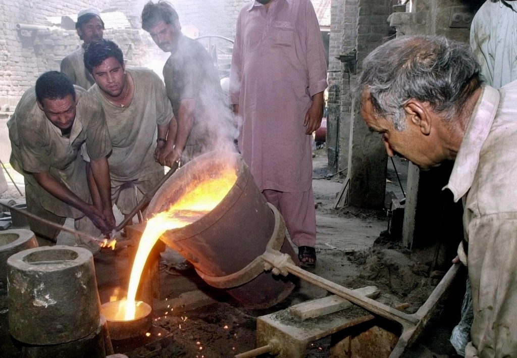 Pakistan Labor.jpg