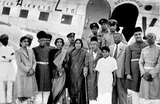 The_seventh_Nizam,_Mir_Osman_Ali_Khan,_alongwith_some_close_aides_ready_to_take_his_first_test_ride_in_a_Dakota_from_Begumpet_airport_.jpg