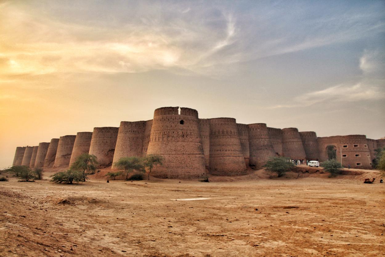 derawar-fort2.jpg