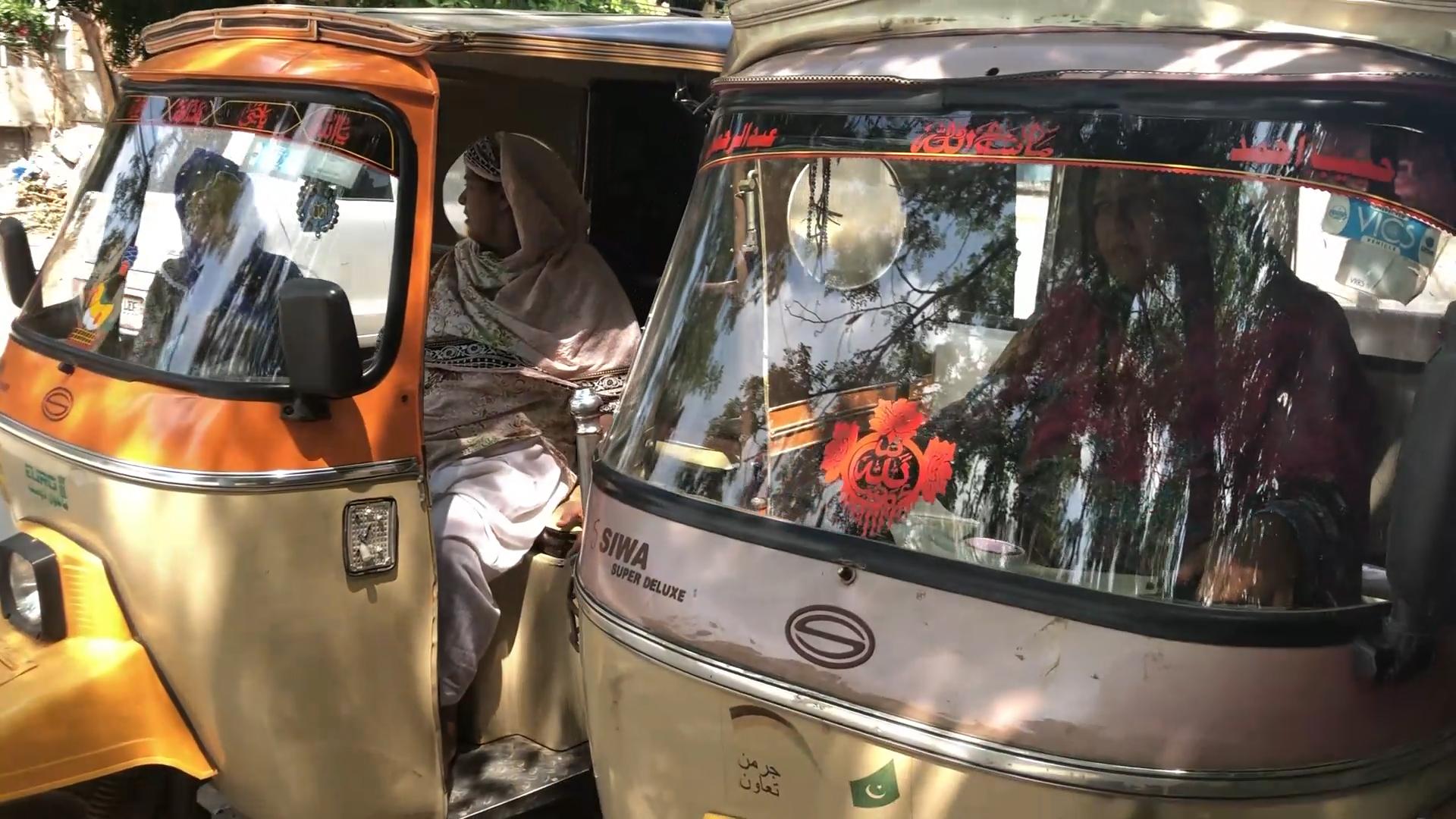 rickshaw sisters 4.jpg